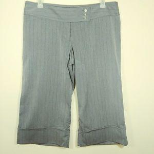 No Boundries Stretch Capri's, gray size 17